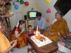 Pirmasis dukrytės Amilu gimtadienis.