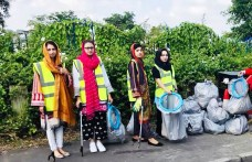 GREENER AND CLEANER BURNLEY CAMPAIGN IN DANESHOUSE WITH STONEYHOLME1