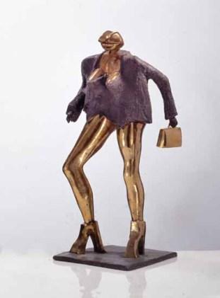 Lippenfrau 70x45x45 cm 1998 bronze