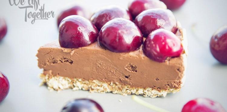 Vyskúšajte skvelý čokoládovo – ovocný cheesecake a oslaďte si ním letné dni!