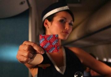 Letuška si 2 roky zarábala sexom na palube lietadla! Suma, ktorú zarobila, ťa šokuje!