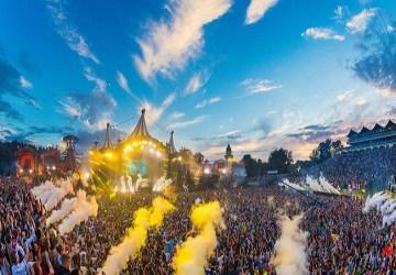 Dojemný príbeh z festivalu Tomorrowland: Z toho, čo zažila poľská rodina, neudržíš slzy