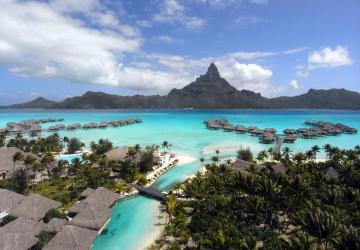 Bora Bora: Perla Polynézie s krásne tyrskysovou vodou je snom nejedného človeka. Nahliadnite sem cez krásne fotografie