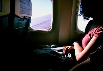 FOTO: Neznáme ženy si vymenili miesto v lietadle, jednej to totálne zmenilo život!