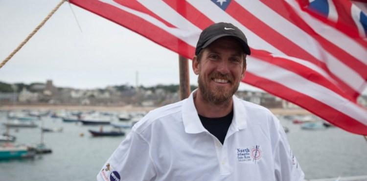 Nový svetový rekord! Učiteľ biológie prevesloval Atlantický oceán za 38 dní