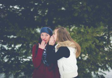 Čím sarkastickejších priateľov máte, tým viac im na vás záleží