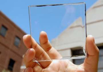 Transparentné solárne panely sa stali skutočnosťou. Elektrinu budeme môcť získať z vlastných okien