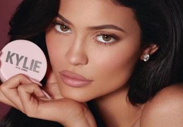 Kylie Jenner je najmladšou miliardárkou na svete. Zarobila si peniaze naozaj sama?