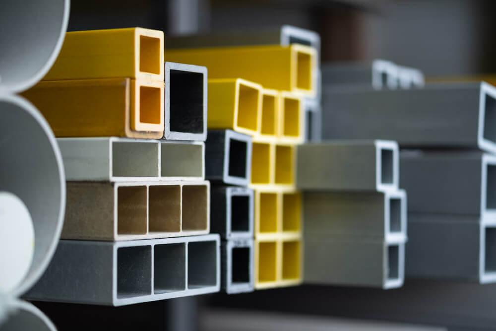 Productfoto's in magazijn voor Geertsema Staal