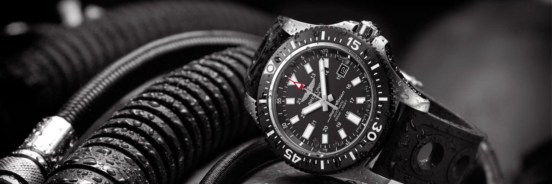Breitling Superocean 44, un diver resistente al agua 1000 metros-