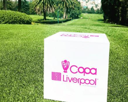 Cubo de Copa Liverpool en Club de Golf