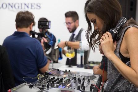 """DJ en el evento de Longines por el estreno de """"Back to the future of Quartz"""""""