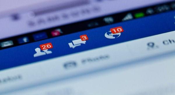 Captura de pantalla de las notificaciones de un perfil de Facebook