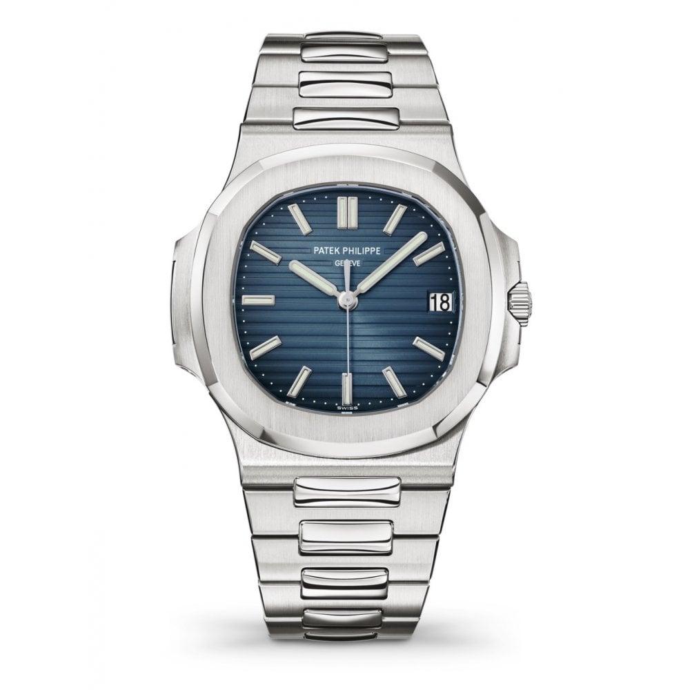 Reloj en color plateado con la caratula en color azul con detalles en blanco