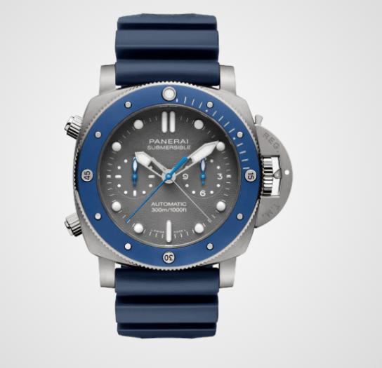 Reloj con correas azules y caratula en color plateado con detalles en azul