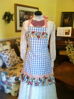 Aprons Using Stampin' Up! Fabric