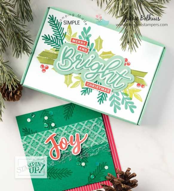 Making your own Christmas cards and small boxes is easy.