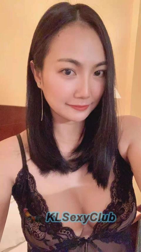 Vicky Thai 5