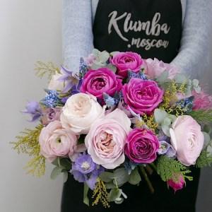 Букет с розами и клематисами