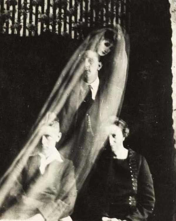 creepy pics from the past 11 Really Creepy Photos From 1920s (23 photos)