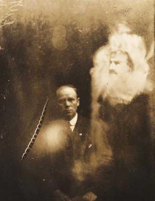 creepy pics from the past 18 Really Creepy Photos From 1920s (23 photos)