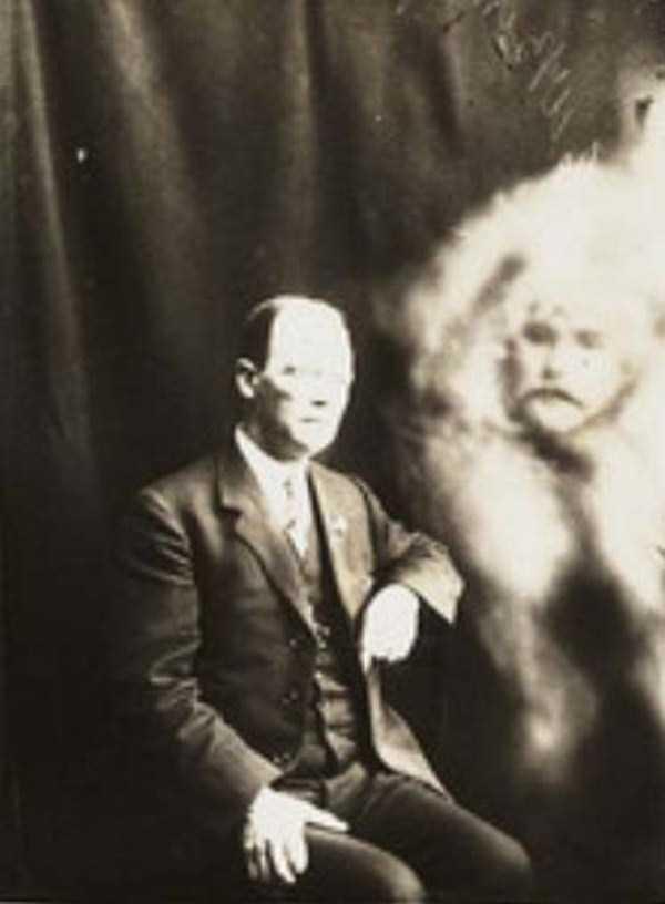 creepy pics from the past 4 Really Creepy Photos From 1920s (23 photos)