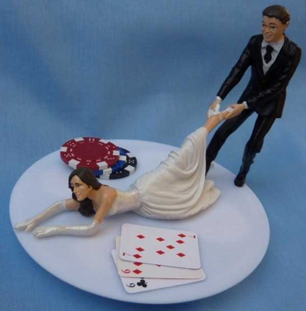 20 Awesomely Funny Wedding Cake Toppers Klyker Com