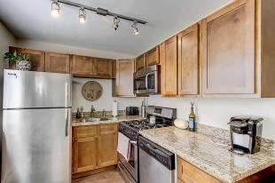 1325 Madison St Denver CO-MLS_Size-013-2-14-1800x1200-72dpi