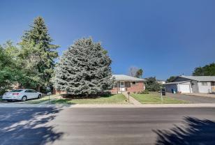 409 411 S Owens St Lakewood-001-9-01-MLS_Size