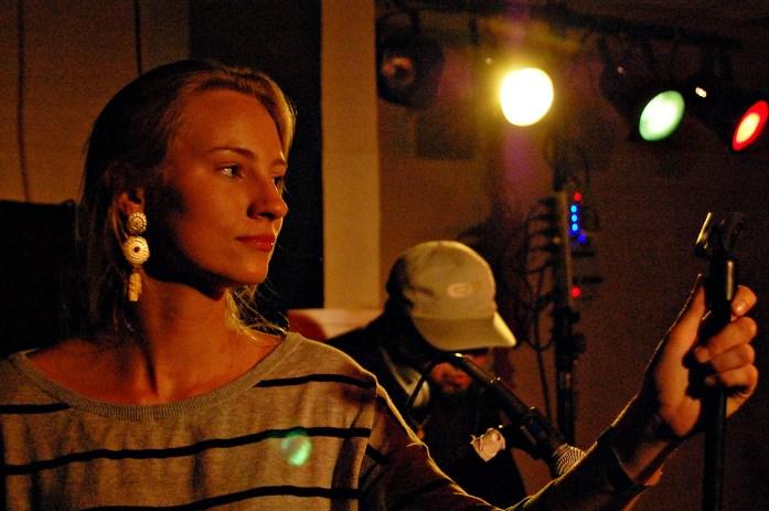 singer-lights-band-kmcnickle