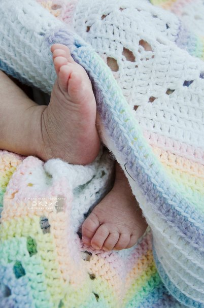 Baby-infant-portrait-kmcnickle-feet-tinytoes