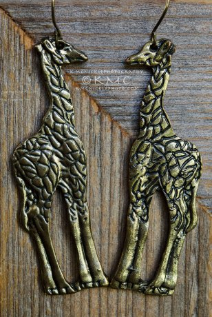 earrings-giraffes-brass-jewelry-kmcnickle-productphotography