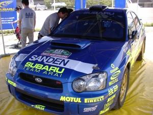 WRCカー走る!