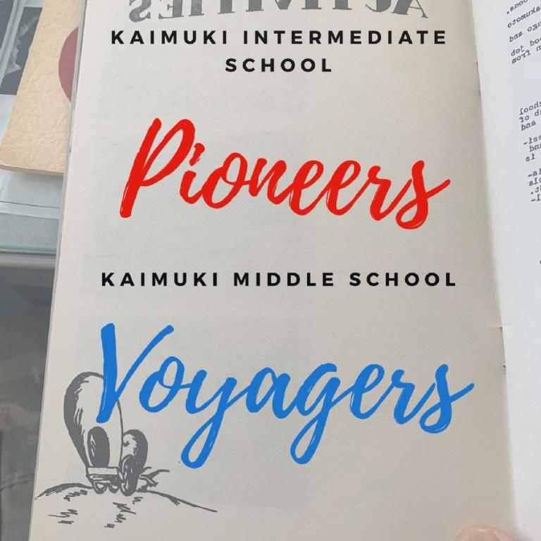KIS Pioneers and KMS Voyagers sign