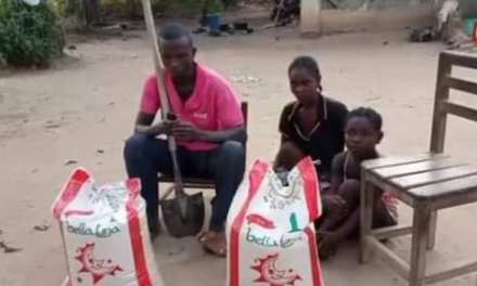 Physically Challenged Couple Appeals to Goodwill Individual for Assistance