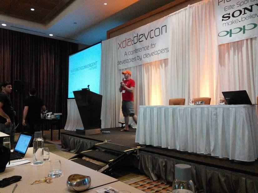 +Jono Bacon preaching the Good Word of #Ubuntu at #xdadevcon13