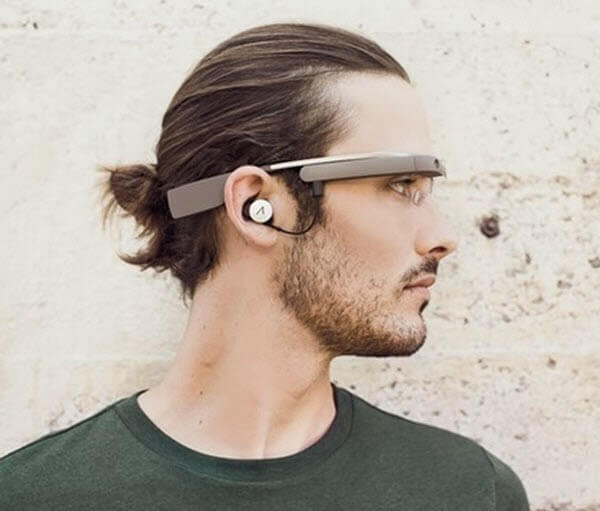 Google Releases XE12 In Time For The Holiday Seasonhttp://www.androidheadlines.com/2013/12/google-releases-xe12-time-holiday-season.html  #android  #google  #XE12  #Googleglass