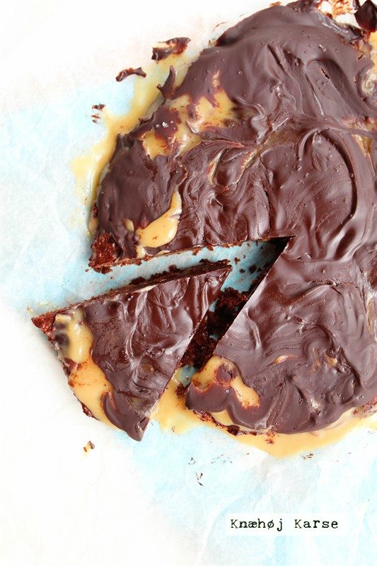Vegansk brownie med saltkaramel
