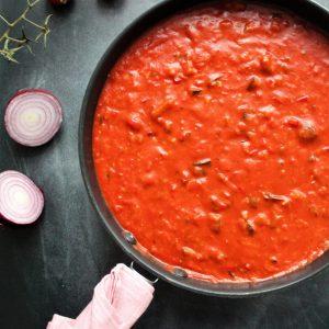 Vegansk tomatsovs