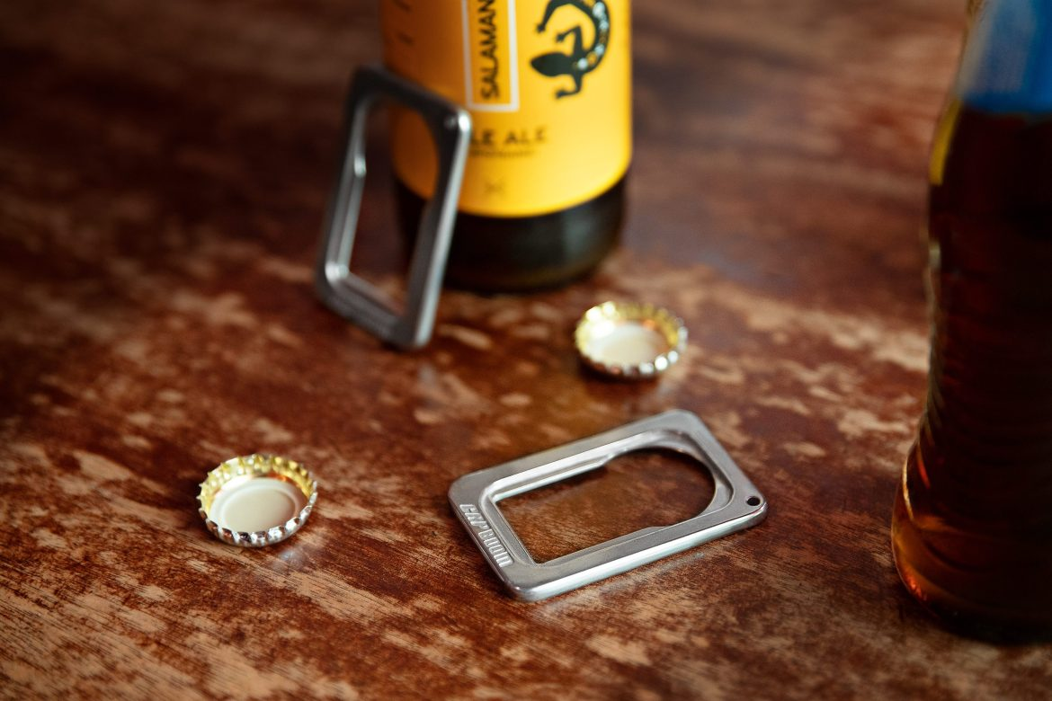 Bottle cap opener Capboom, and the awesomeness of affordable Kickstarter