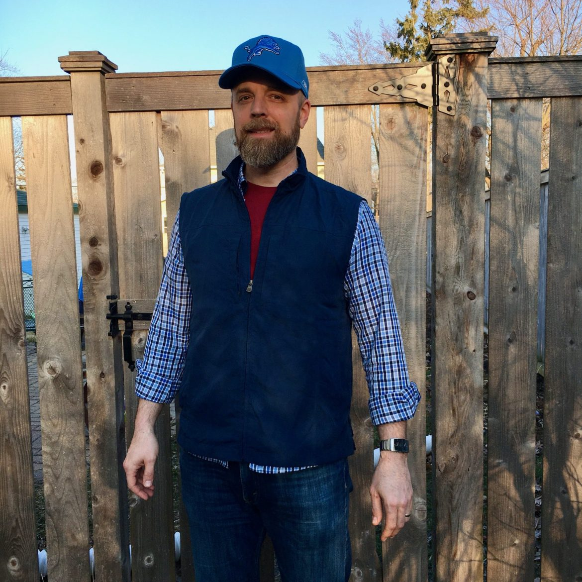 Get ready for warmer weather – and being able to leave your house – with the SCOTTeVEST RFID Travel Vest