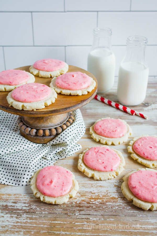 Strawberries and Cream Sugar Cookies by Lollie Jane