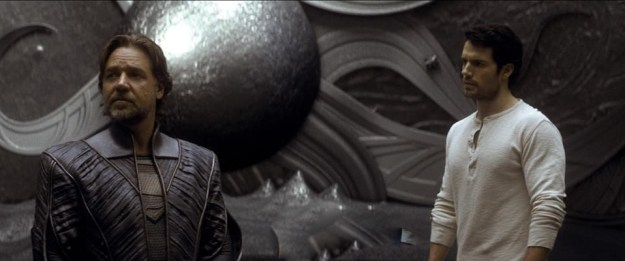 Henry Cavill - Russell Crowe