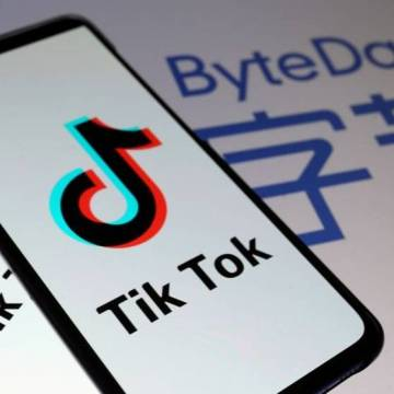 TikTok faces US breakup from Chinese parent as Microsoft circles: sources