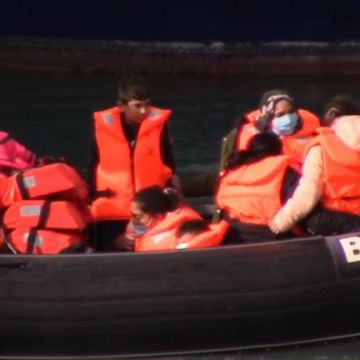 Record 235 migrants intercepted in English Channel in one day
