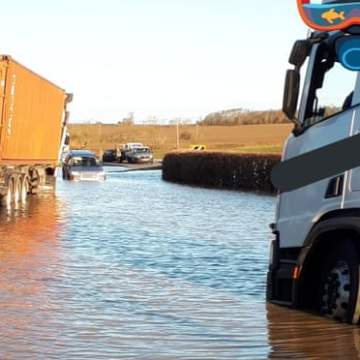 Storm Bella: gale warnings as Bedfordshire residents urged to leave homes