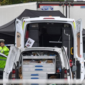 Essex lorry deaths: Two people smugglers found guilty for deaths of 39 Vietnamese migrants