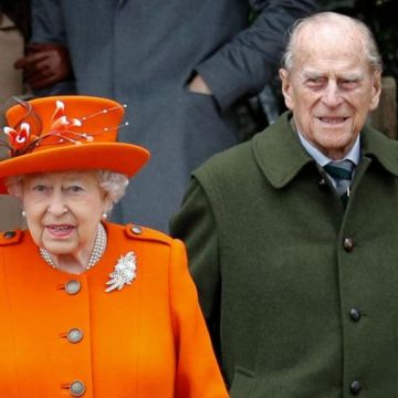 Queen and Prince Philip 'expected to get Covid vaccine'