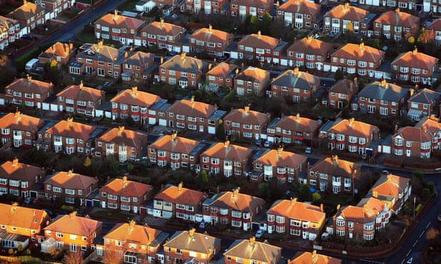 UK house prices 'likely to keep rising despite hitting record high'