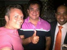 V.l.n.r. ex-premier Gerrit Schotte, partijfinancieerder Robbies Dos Santos (loterijbaas) en zijn halfbroer ex-Minister van Financiën George Jamaloodin